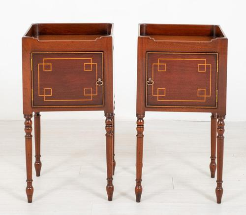 Pair of Regency Style Mahogany Bedside Cabinets (1 of 7)