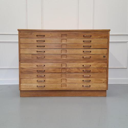 Vintage 1950s Plan Chest (1 of 7)