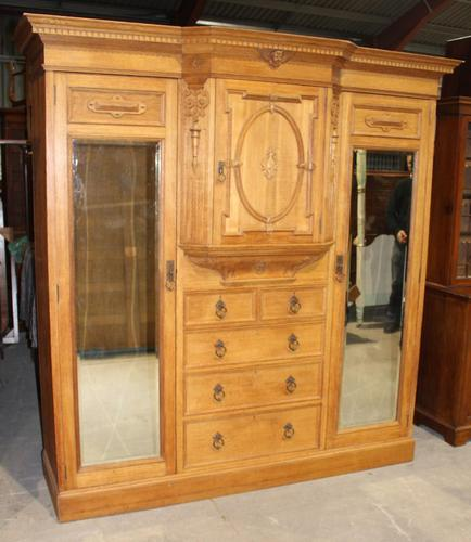 1900's Large Quality Oak Mirrored Compactum Wardrobe (1 of 6)