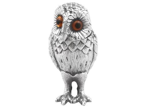 Sterling Silver Owl Pepperette - Vintage 1961 (1 of 9)