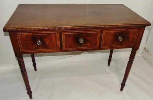 Georgian Mahogany Banded Dressing Table (1 of 9)