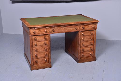 Victorian Mahogany Pedestal Kneehole Desk (1 of 9)