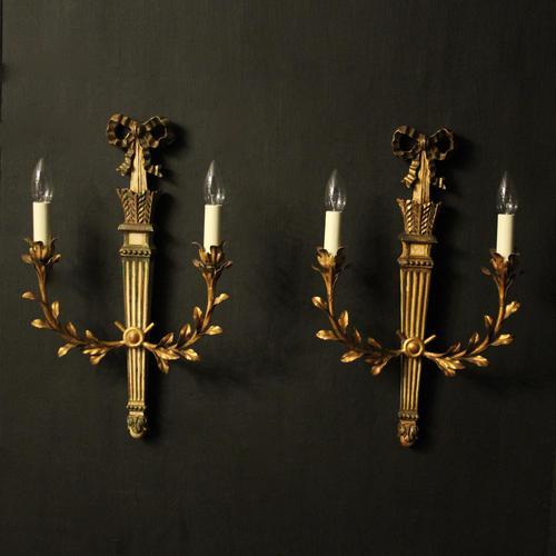 Italian Pair of Giltwood Palladio Wall Lights (1 of 10)