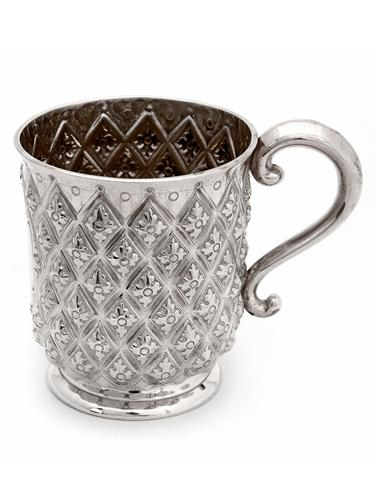 Antique Silver Half Pint Christening Mug Chased in a Pineapple Style (1 of 4)