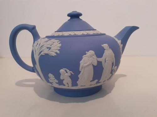 Wedgwood Blue Jasperware Teapot, 1953 (1 of 4)