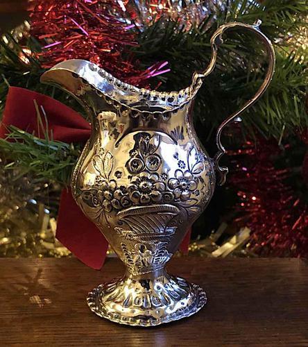 Ornate Silver Cream Jug, Charles Chesterman c1780 (1 of 5)
