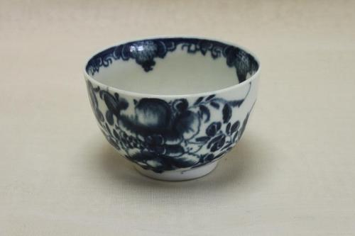 First Period Worcester Tea Bowl Mansfield Pattern (1 of 5)