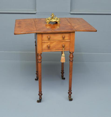Regency Satinwood Pembroke Work / Lamp / Side Table (1 of 10)