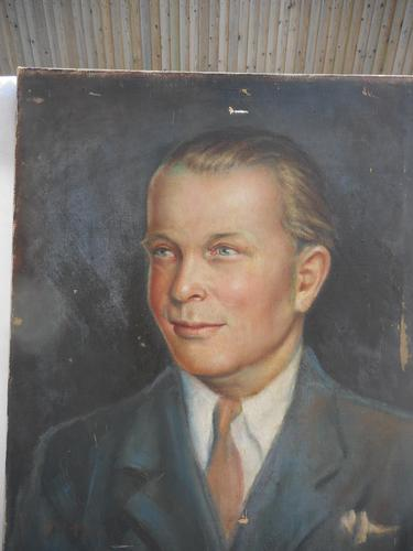 Oil Painting of a Smart Dressed Man (1 of 2)