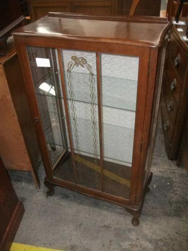 Glazed Queen Anne Style Display Cabinet c.1925 (1 of 3)