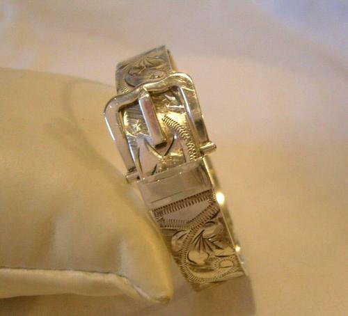 """Vintage Silver Buckle Bangle 1977 Ornate Silver Bracelet 7"""" Length 34.9 Grams (1 of 12)"""