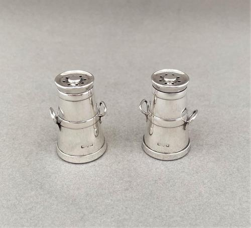 Pair of Chester Silver Novelty Edwardian Pepperettes (1 of 5)