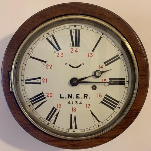 LNER Genuine Railway Clock (1 of 11)