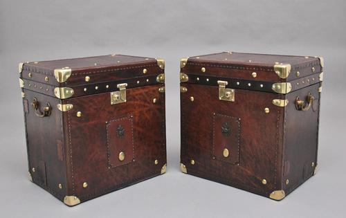 Pair of early 20th century leather bound army trunks (1 of 9)