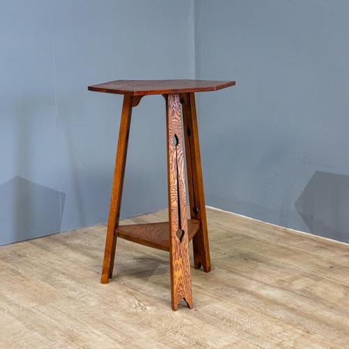 Arts & Crafts Tripod Table (1 of 7)