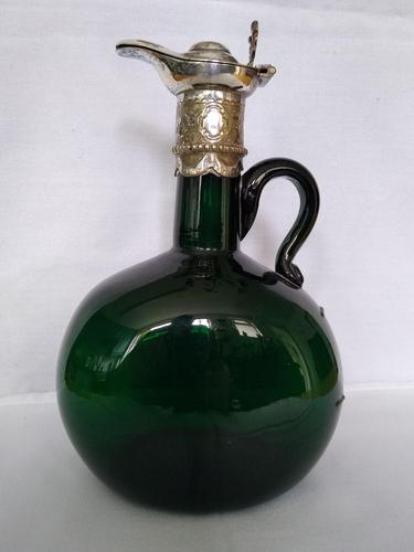 Unusual Green Glass Flacon (1 of 4)