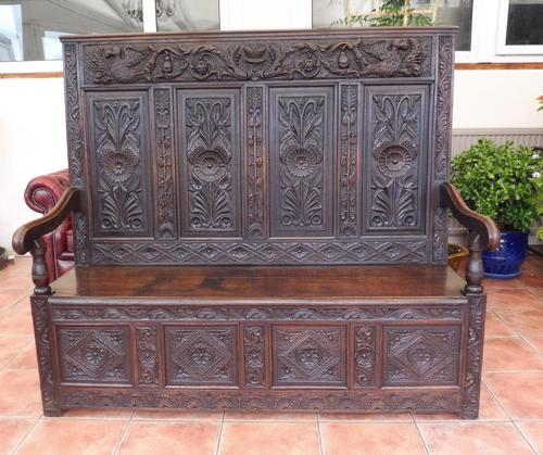 Country Oak Carved Settle Depicting Phoenix 1750 (1 of 13)