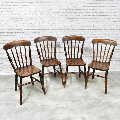 Set of 4 Windsor Kitchen Chairs (1 of 5)