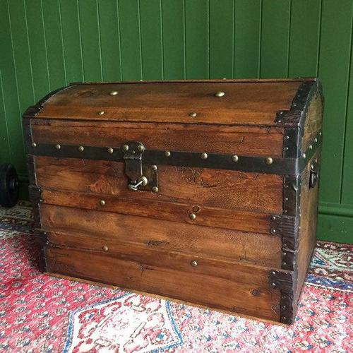 Antique Steamer Trunk Victorian Dome Top Chest Old Rustic Pine Blanket Box + Key (1 of 10)