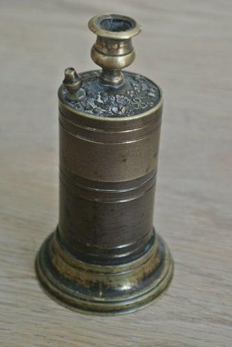 Victorian 19th Century Brass Go to Bed Improved Safety Vesta Case Light Box (1 of 6)