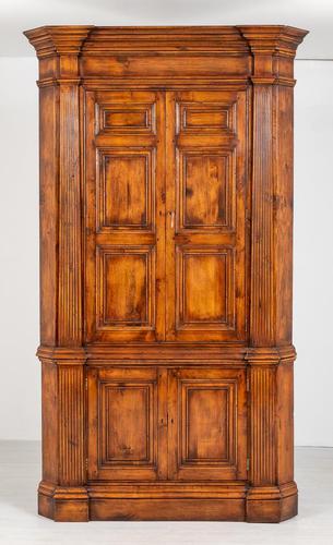 Cherry Wood Georgian Style Panelled Corner Cabinet (1 of 7)