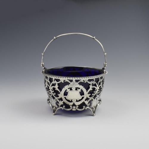 Pretty Edwardian Pierced Silver Sugar Basket (1 of 9)