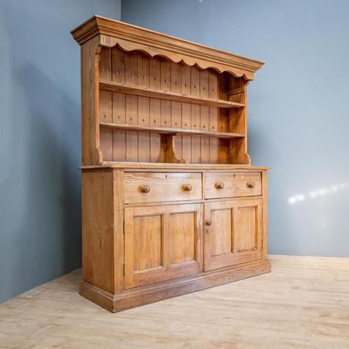Country House Dresser & Rack (1 of 11)