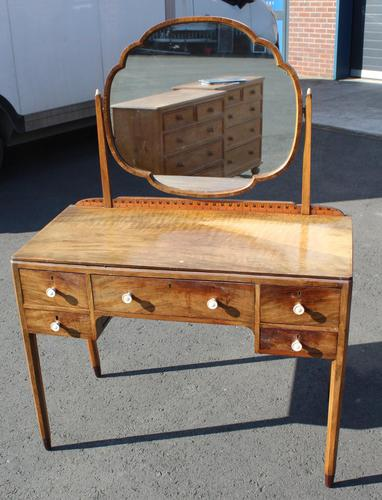 1940s Walnut Dressing Table with Central Mirror (1 of 4)