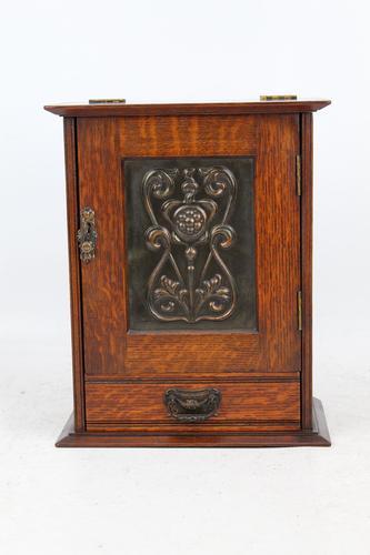 Small Edwardian Arts & Crafts Oak Cabinet (1 of 16)