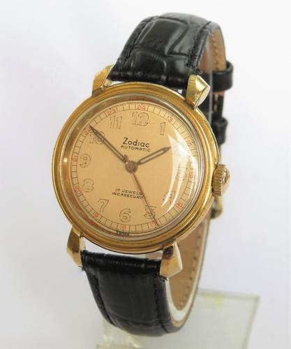 Gents 1940s Zodiac Strong Bumper Automatic Wrist Watch (1 of 5)