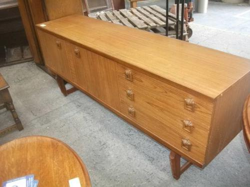 Retro Beautility 3  Drawer Long Sideboard (1 of 4)