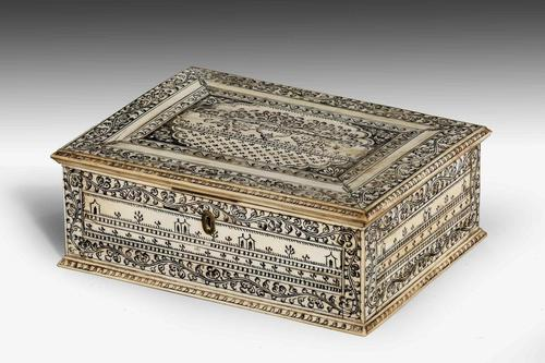 An Early 19th Century Vizagapatam Bone Box (1 of 8)
