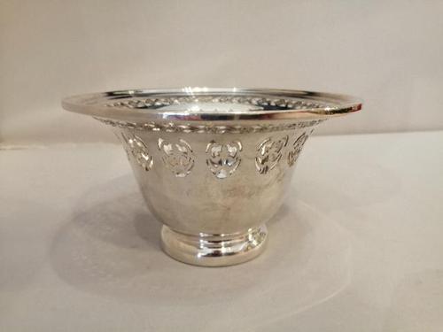 Fine Quality Henry Birks Pierced Silver Bowl (1 of 4)