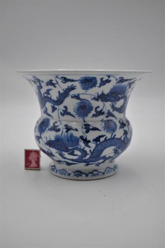 Blue & White Dragon Vase, Zhadou – Guangxu (1 of 8)