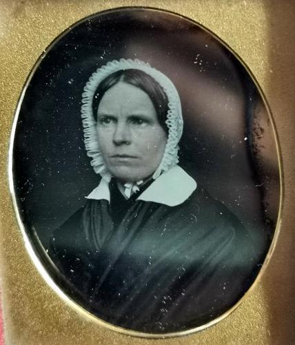 Antique Victorian Daguerreotype, Lady in a Bonnet - Cased (1 of 8)