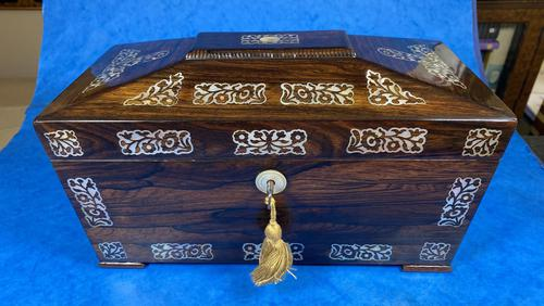 William IV Rosewood Tea Caddy With Mother of Pearl Inlay (1 of 15)