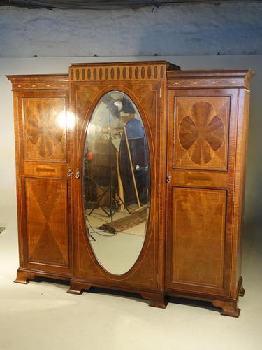 Fine Quality Early 20th Century Mahogany Breakfront Wardrobe (1 of 5)