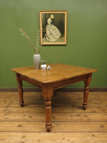 Antique Country Pine Plank Top Table with Drawer, Kitchen Dining Table Seats 4 (1 of 10)