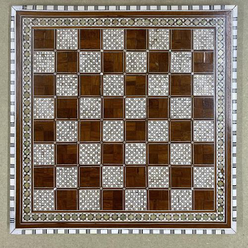 Rosewood bone and mother of Pearl chess board (1 of 7)