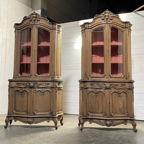 Exceptional Rare Pair of French Bookcases or Cabinets (1 of 37)