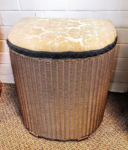 Lloyd Loom Lusty Linen Basket (1 of 6)