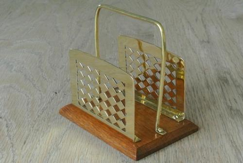 Fine William Tonks & Sons Brass and Oak Letter Rack c.1920 (1 of 5)