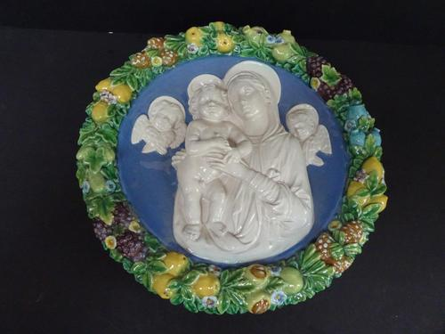 Cantagalli Large Round Plaque Arts & Crafts Style c.1890 (1 of 6)
