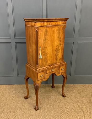 Burr Walnut Cupboard on Stand (1 of 15)