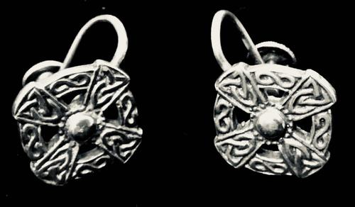 Pair of Silver Iona Celtic Silver Earrings by John Hart (1 of 4)
