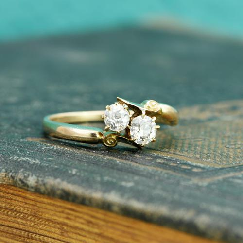 The Antique Old European Cut Diamond Toi Et Moi Ring (1 of 6)