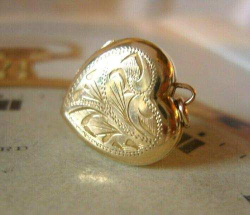 Vintage Pocket Watch Chain Photograph Fob 1940s 9ct Rolled Gold Puffy Heart Fob (1 of 10)