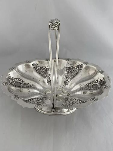 Edwardian Antique Silver Swing Handle Fruit Bowl / Basket 1905 Birmingham (1 of 12)