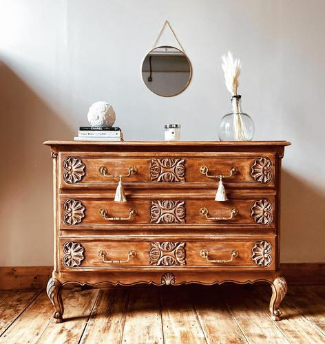 French Antique Style Oak Chest of Drawers / Drawers / Commode (1 of 5)