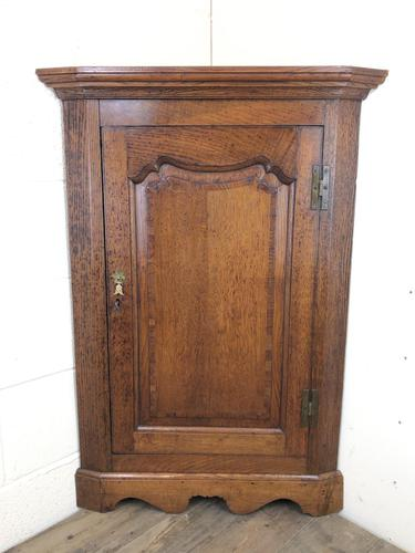 19th Century Antique Oak Corner Cupboard (1 of 8)
